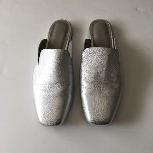 Joie silver Mules